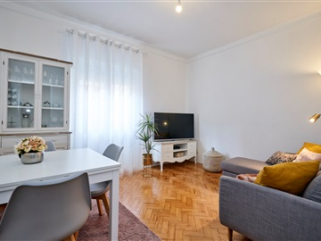 Apartment T2 / Loures, Moscavide