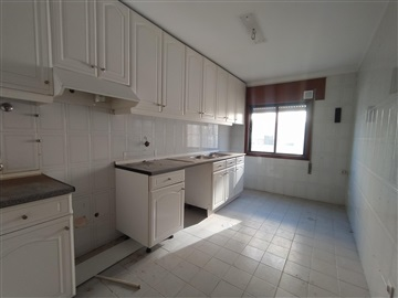 Apartment T3 / Aveiro, Azurva