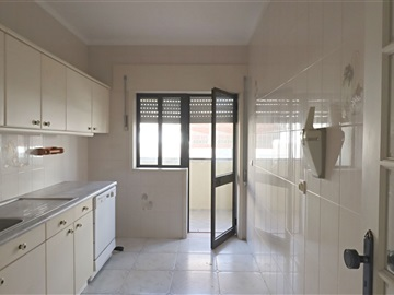 Apartment T3 / Viana do Castelo, Amorosa