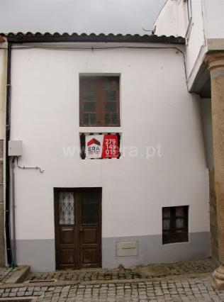 Casa / Mogadouro, Mogadouro, Valverde, Vale de Porco e Vilar de Rei