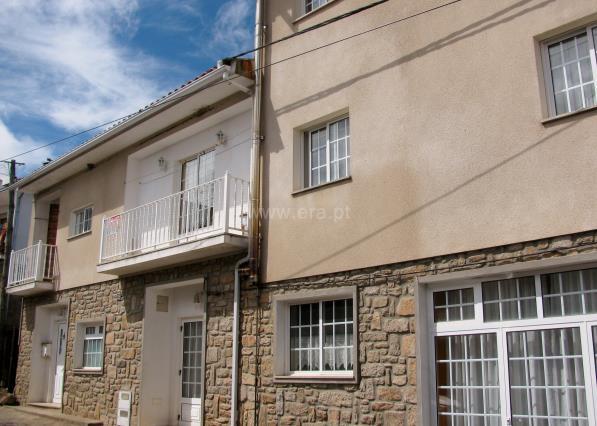 Casa T3 / Mogadouro, Tó