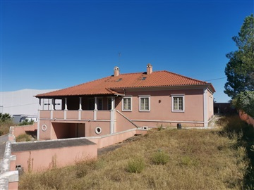 Detached house T3 / Tomar, Asseiceira