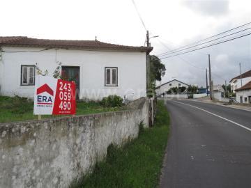 House T1 / Rio Maior, Rio Maior