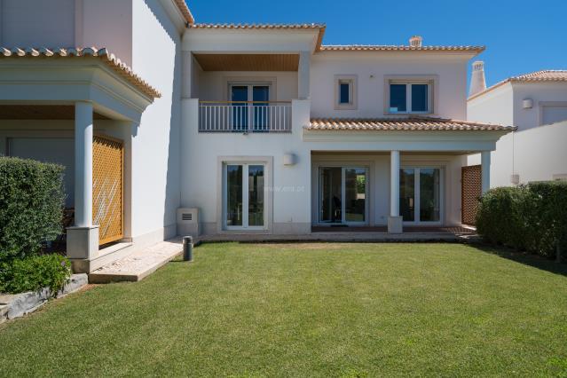 House T4 / Loulé, Quarteira