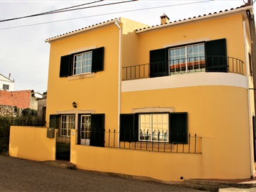 Semi-detached house T2 / Lourinhã, Sobral