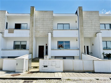 Semi-detached house T3 / Lousada, Cristelos, Boim e Ordem
